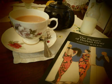 Tea and Books - Jacquelines